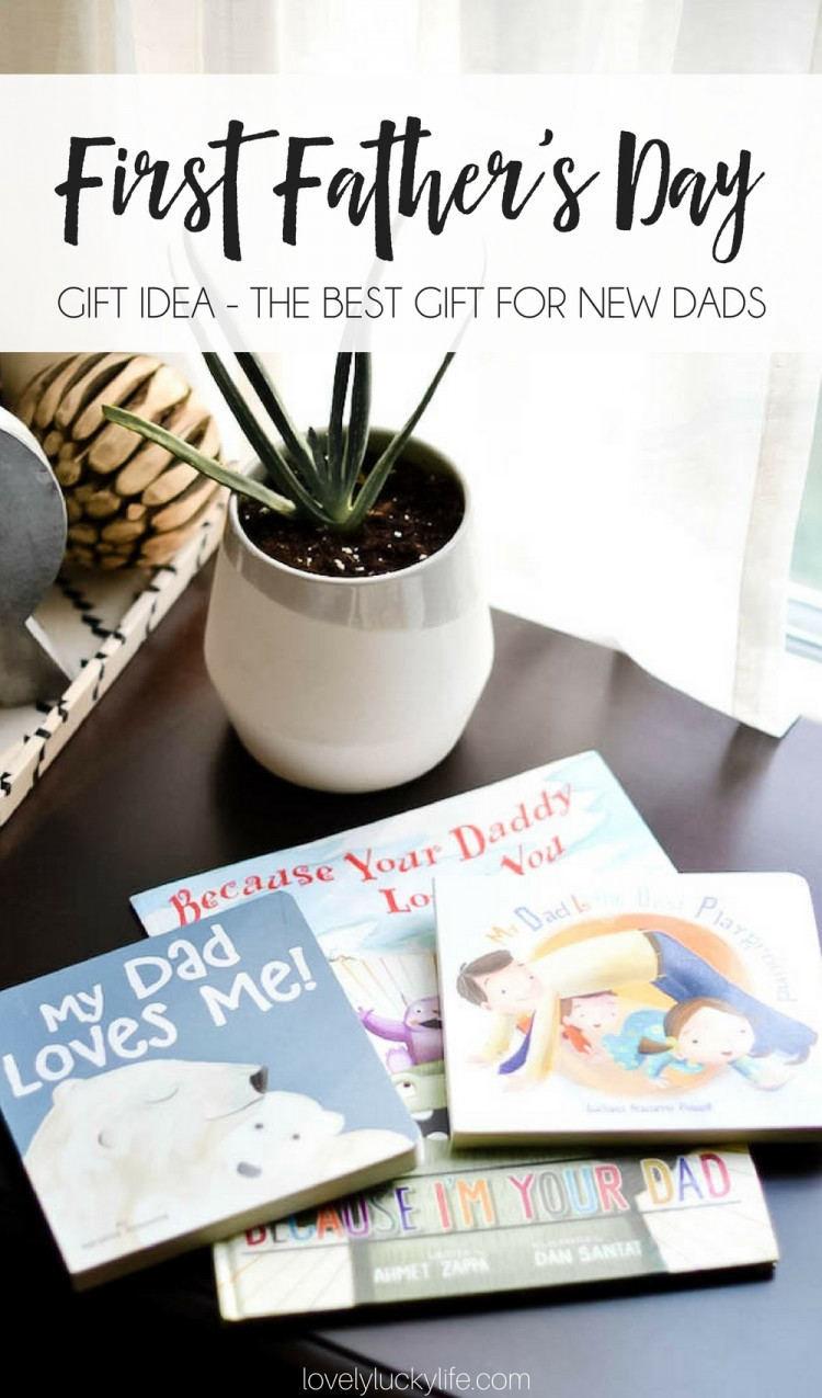 I love this idea for a Father's Day gift for the first time dad - a practical & cute Father's day present is a collection of 'daddy' books for him to read to his baby #fathersday #dad #fathersdaygift