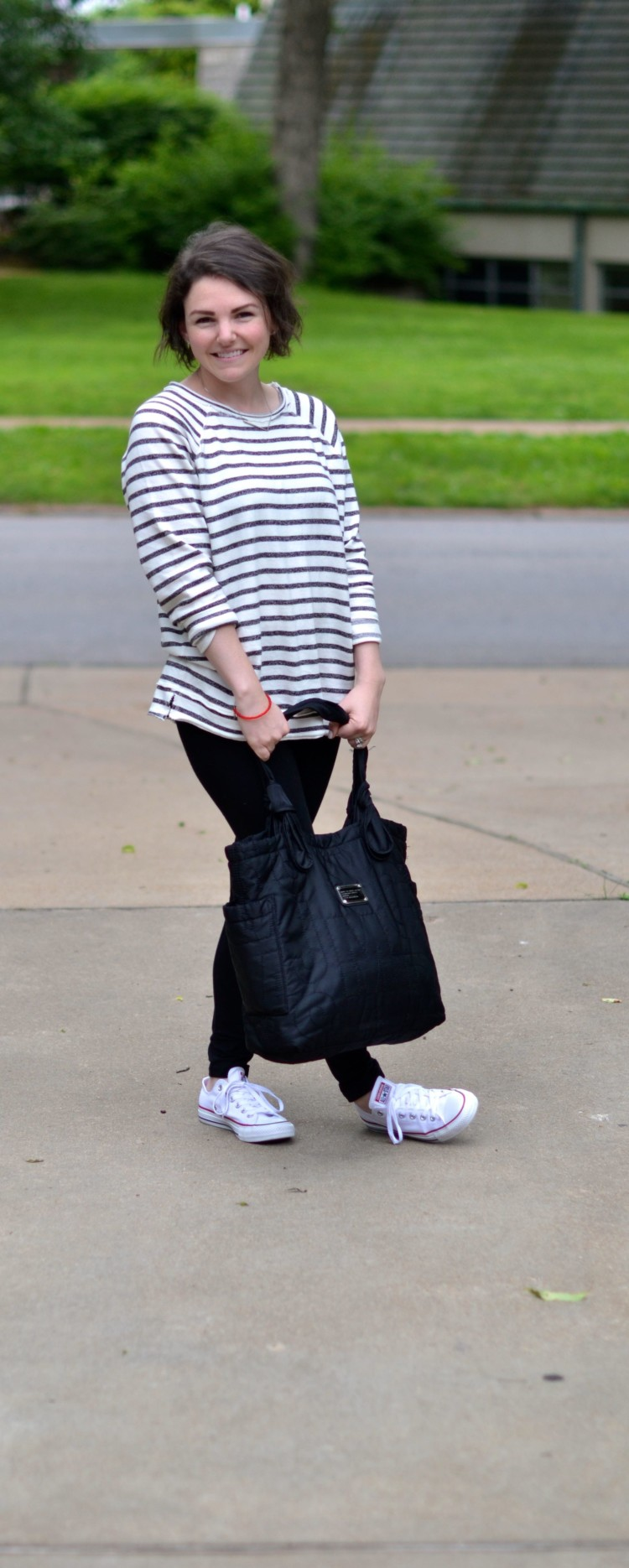 cute casual Sunday outfit - striped sweatshirt & leggings & converse