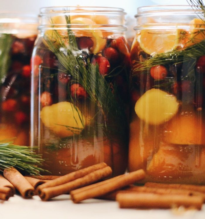 Christmas in a Jar: Stovetop Potpourri