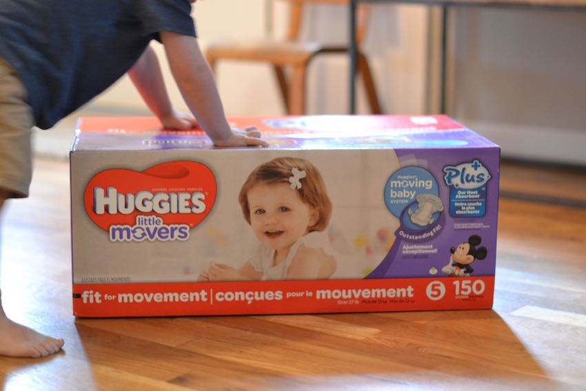 huggies little movers plus diapers