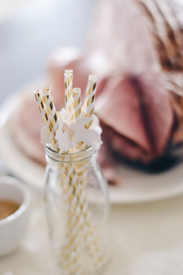 these bunny paper straws are adorable for Easter