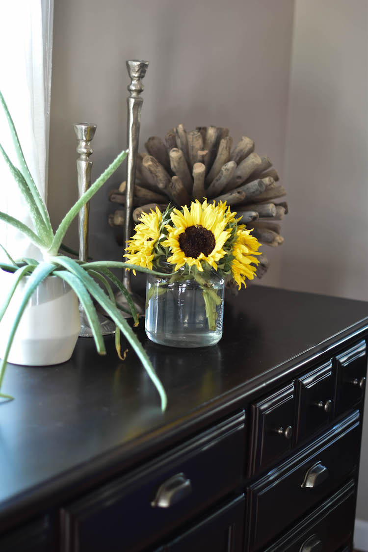 NEED a jar full of sunflowers for a dash of fresh fall decor