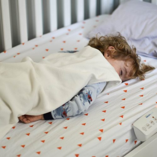 foolproof tips for transitioning from a crib to a big kid bed