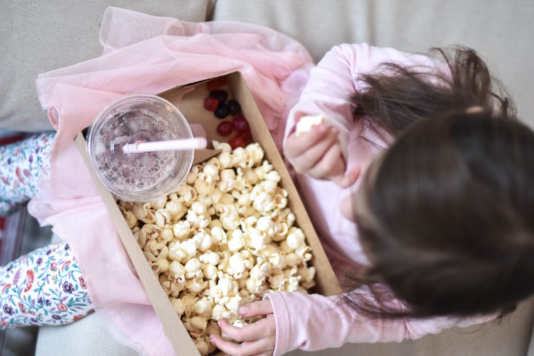 such a great little snack tray for a kids movie night or movie birthday party - popcorn & fruit snacks are always a win!