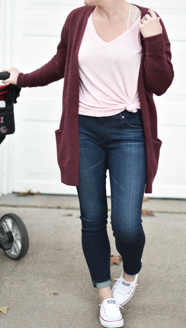 love this mom style. jeans, sneakers, a comfy cardigan and a tshirt for hanging out at home