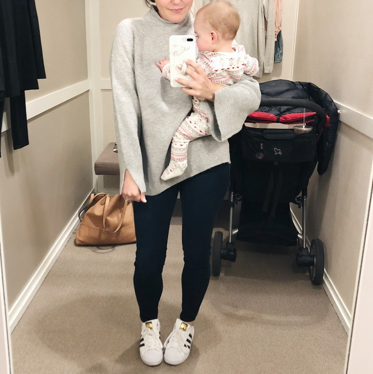 great mom style! skinny jeans & adidas superstars & a grey pullover