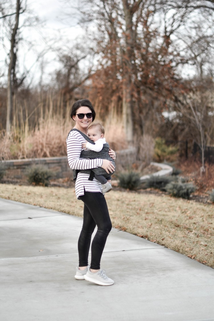 love this outfit for a SAHM - black faux leather leggings, grey adidas sneakers, a casual striped shirt and big sunglasses - cute mom style