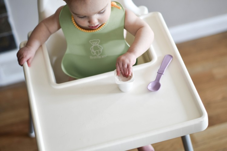 why you need to try baby led weaning - what is blw and why it's amazing