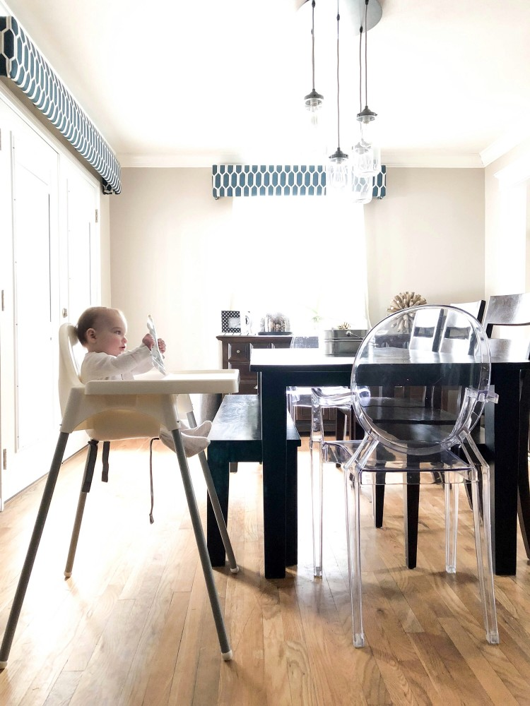 love the look of this clean, modern farmhouse kitchen + the IKEA antilop high chair