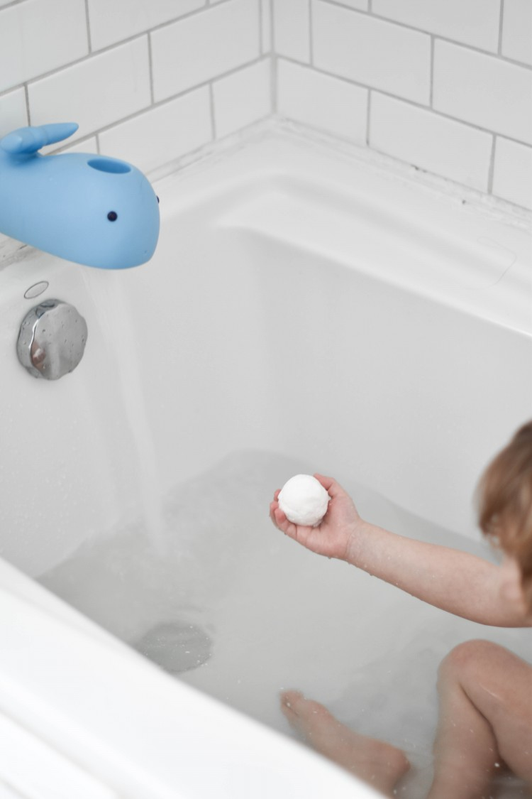 get an easy bath bombs recipe for kids to make tub time more fun