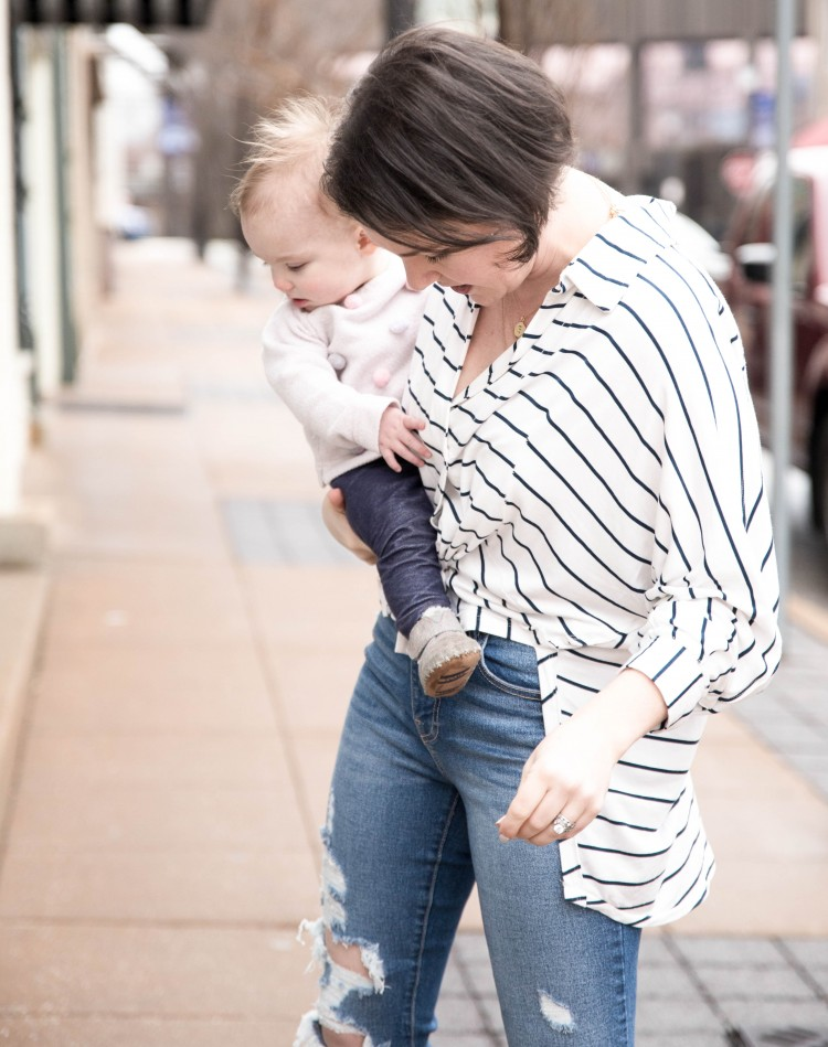 this striped top is so cute for moms