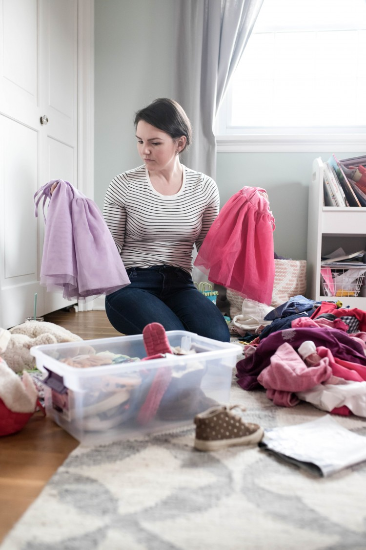 busy moms - you must read these tips to declutter your house and your playroom