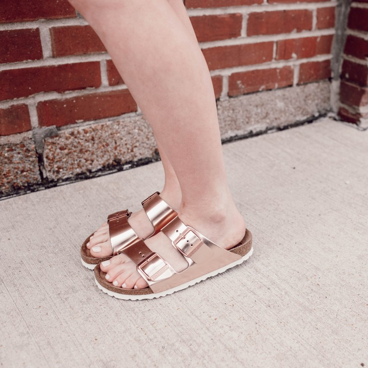 Birkenstock Narrow vs Regular Sizing + How To Get Birkenstocks Under $100