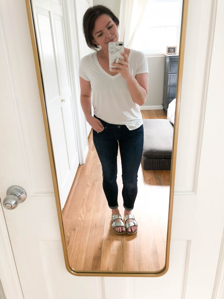 how to half tuck a white tshirt - dark jeans + silver birkenstocks