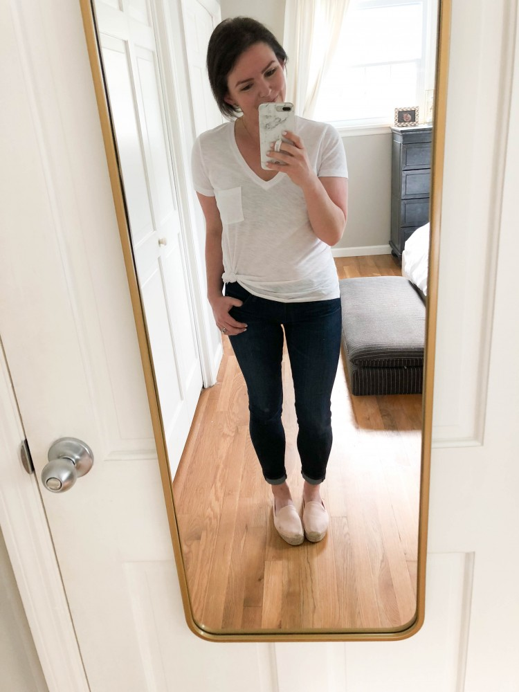 loving this easy outfit idea for stay at home moms - white tshirt with espadrilles