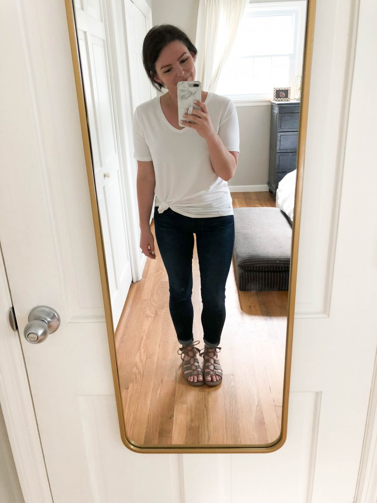 white tshirt outfit ideas - these basics are timeless & classic ideas for moms
