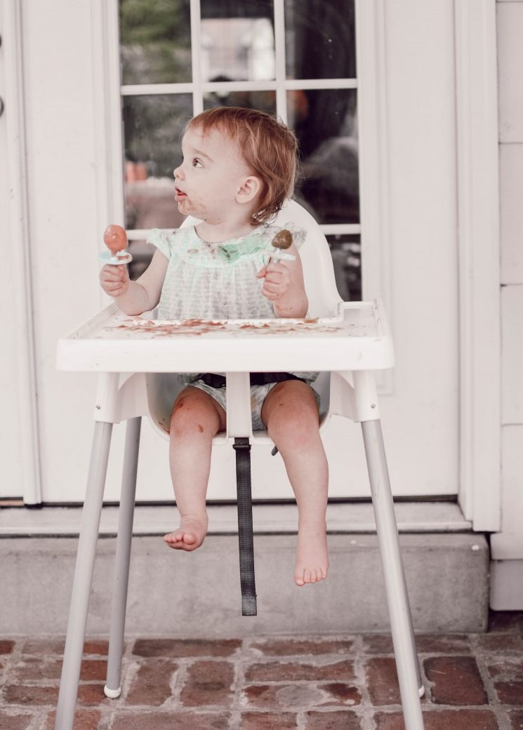 have extra baby food and not sure how to use it? make your own baby food popsicles for a nutritious summer snack #babyfood