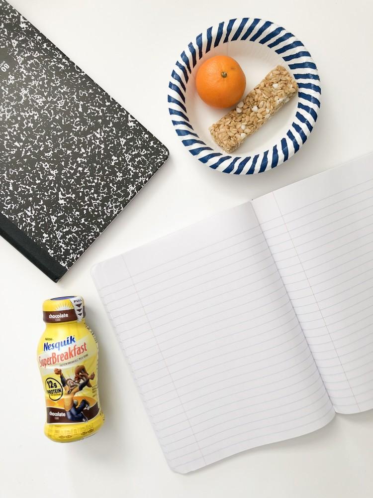the easiest breakfast ideas for back to school - tangerine + granola bar