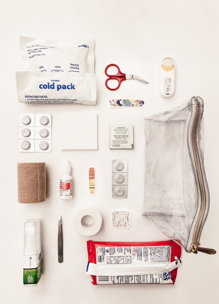 diy first aid kit - how to make your own mini first aid kit