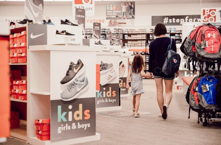 mommy and me date idea for back to school - make a fun day of shopping and lunch