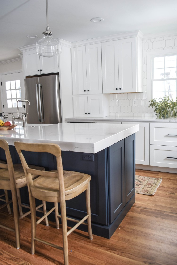 modern farmhouse kitchen inspiration with pottery barn stools