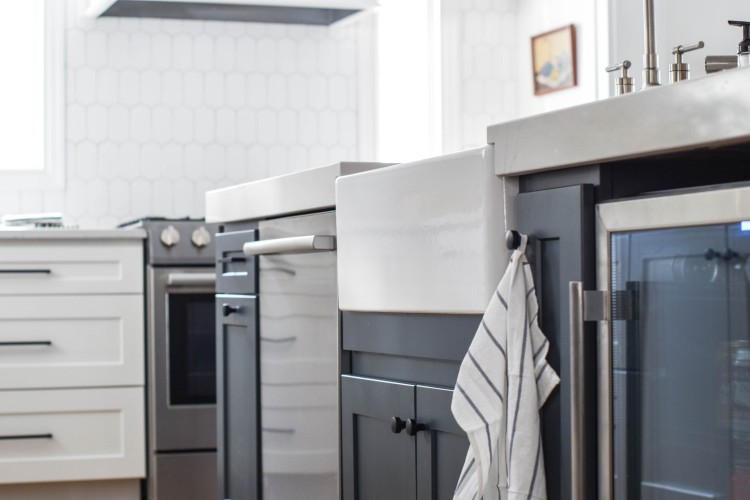 bosch dishwasher in a kitchen island