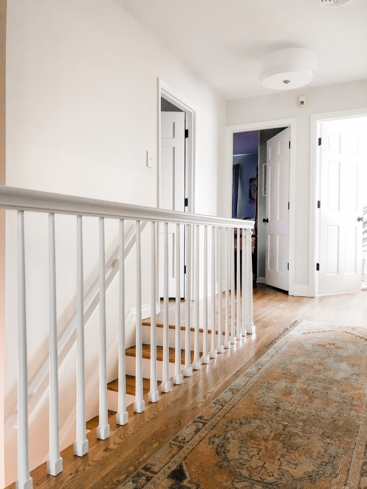 love this muted runner for the hallway