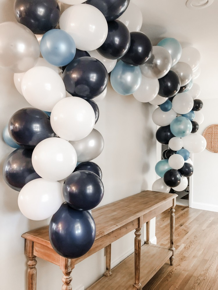 how to make your own balloon banner without helium
