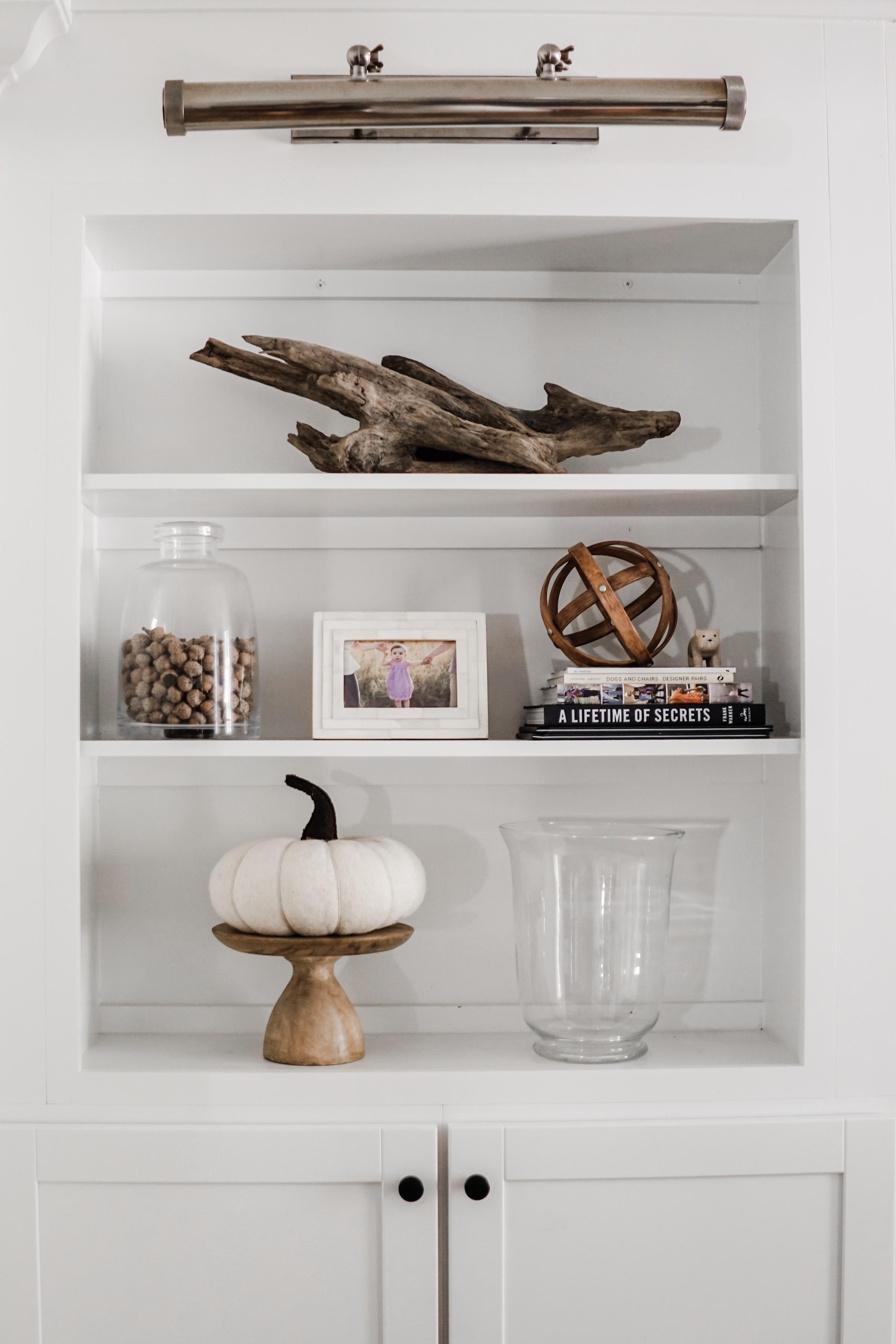 fall decor inspiration - Wood pedestal with felted pumpkin // fall living room decor idea