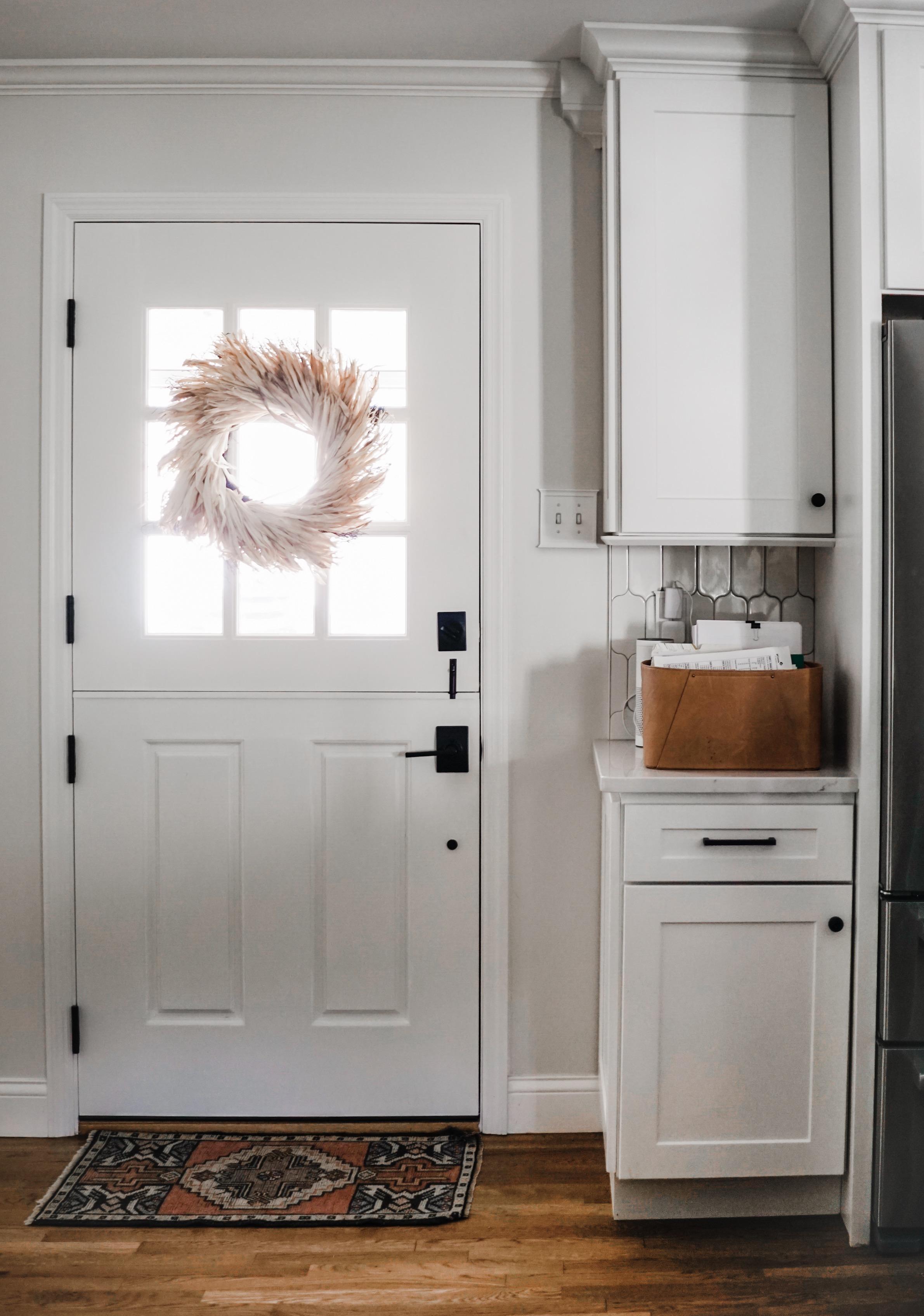 fall decor inspiration - Check out this wheat wreath // fall kitchen decor idea