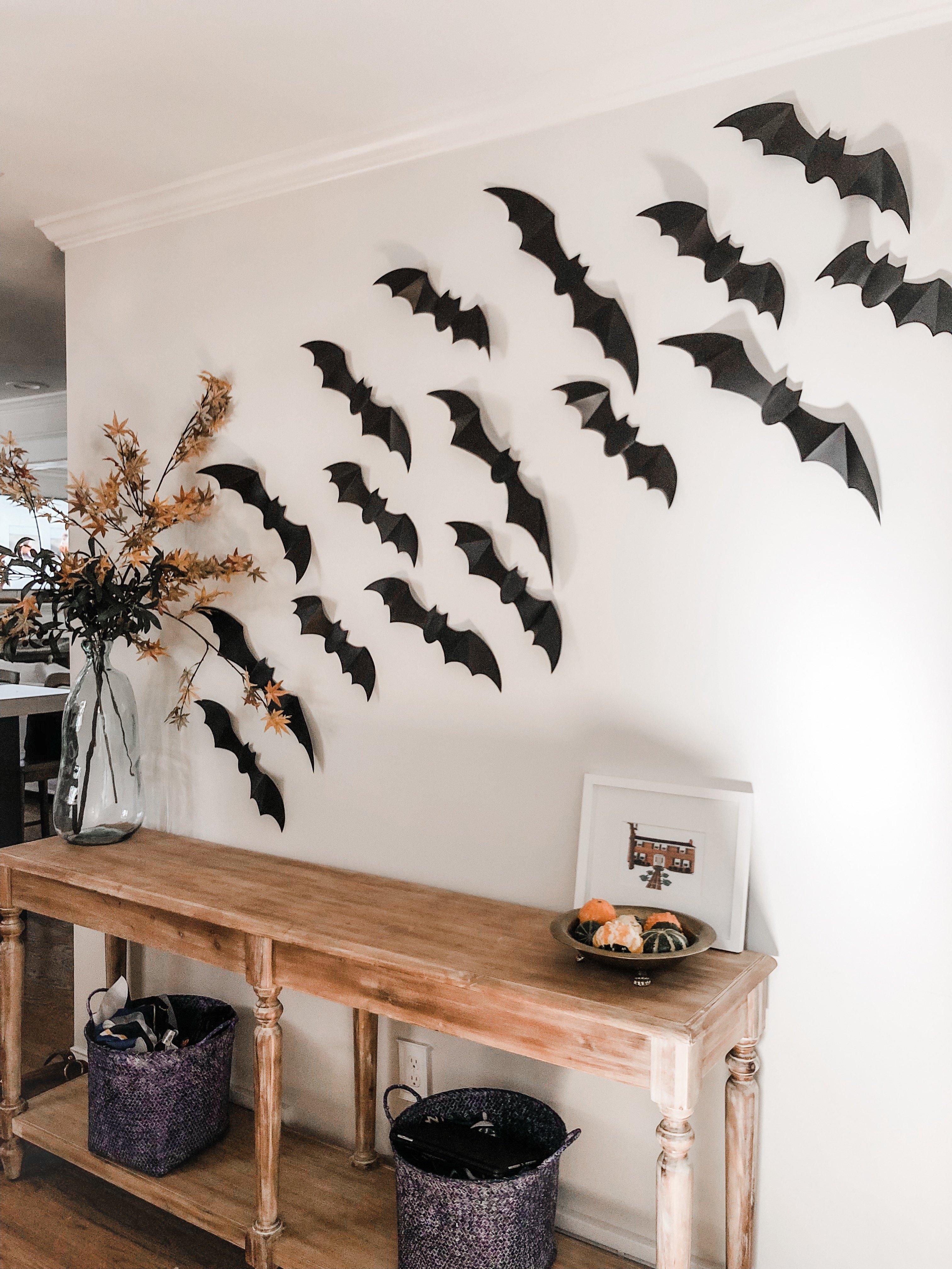 bat wall decor for Halloween