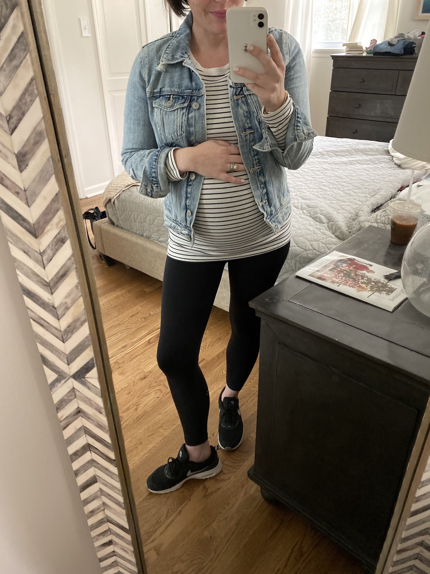 maternity outfit with a denim jacket