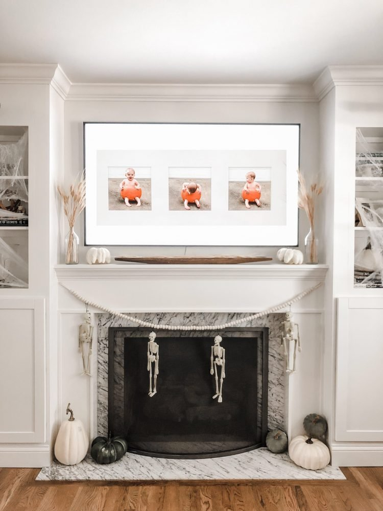 mantle decorated for halloween