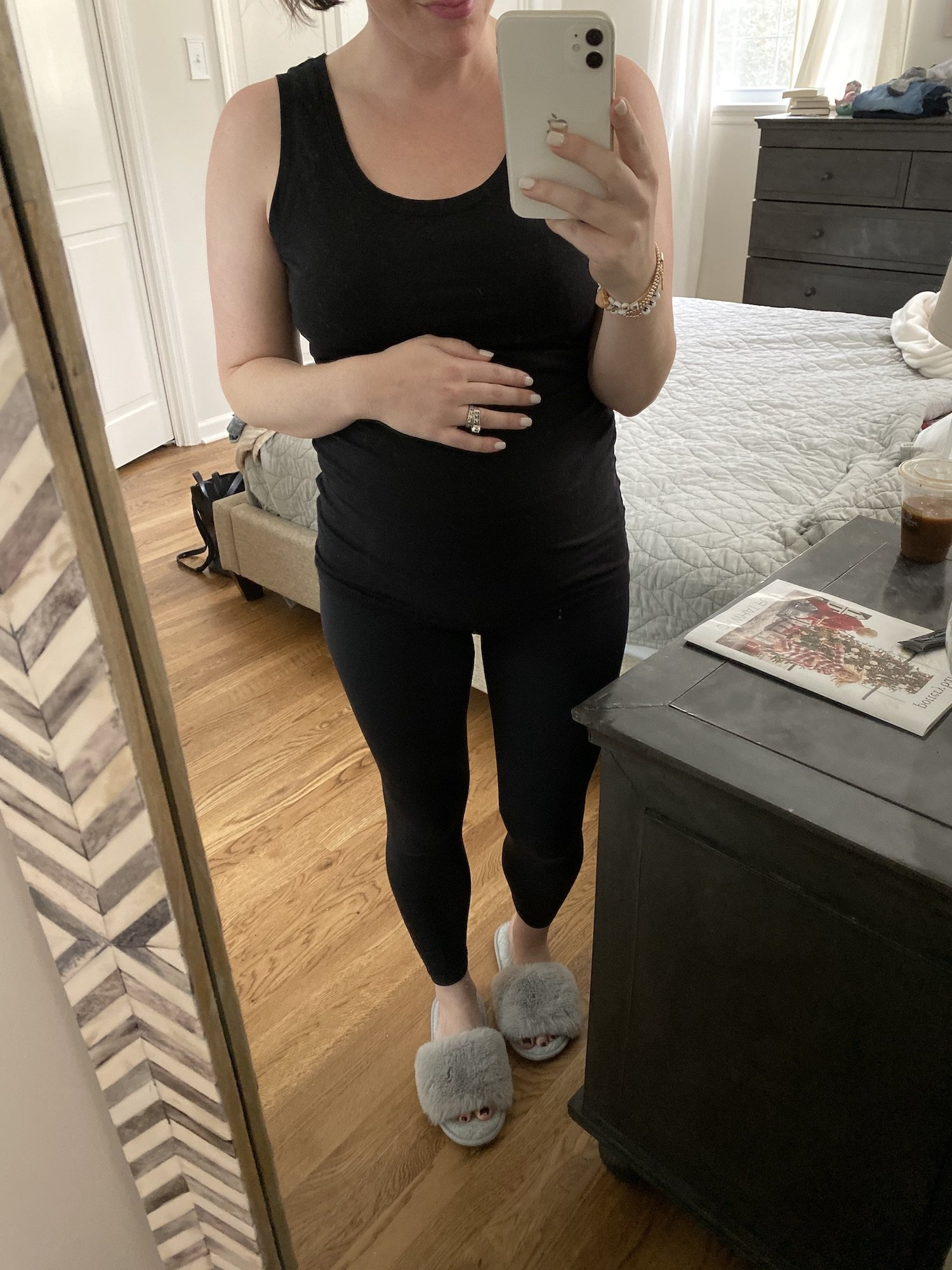 maternity friendly black leggings