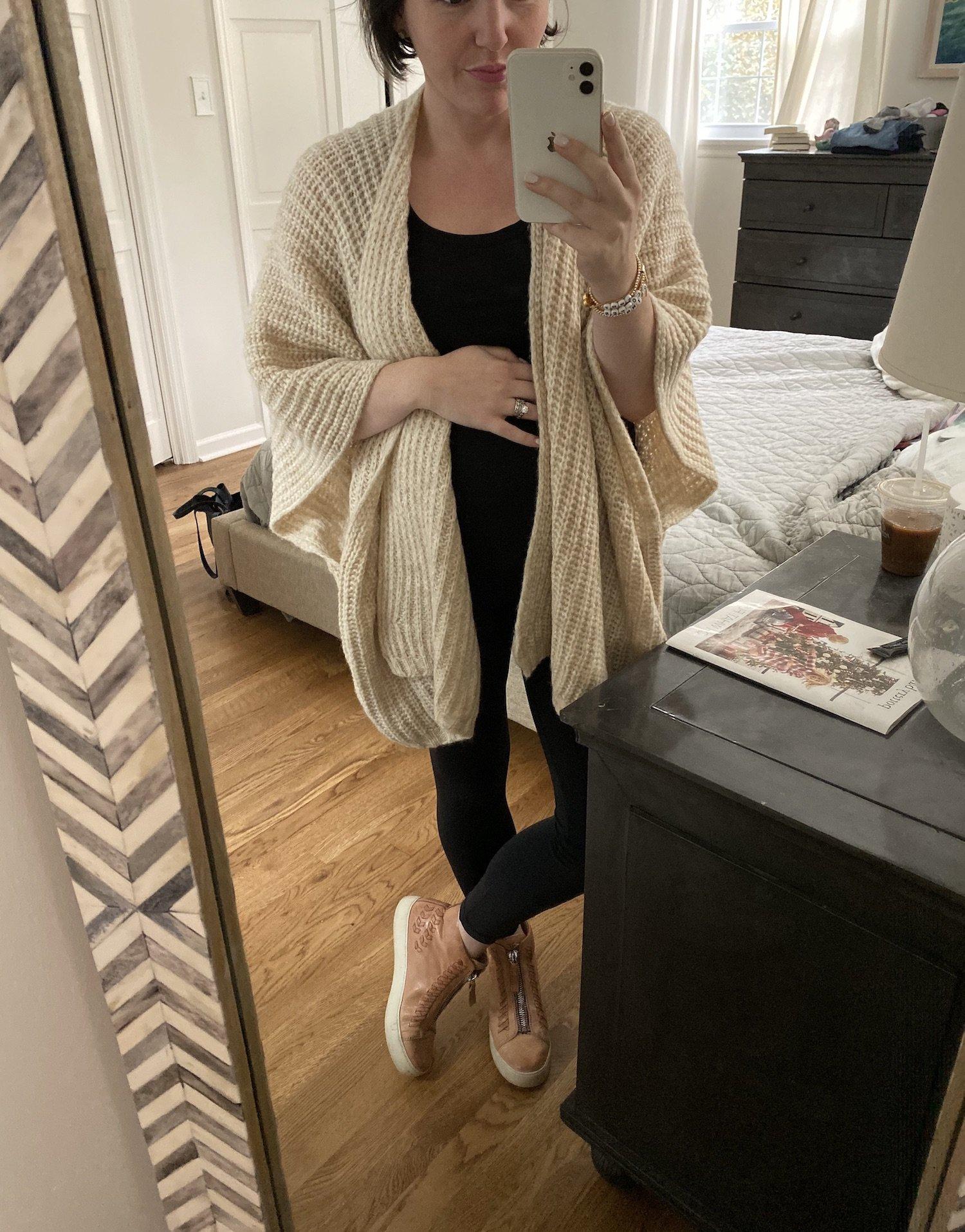 fall maternity outfit idea