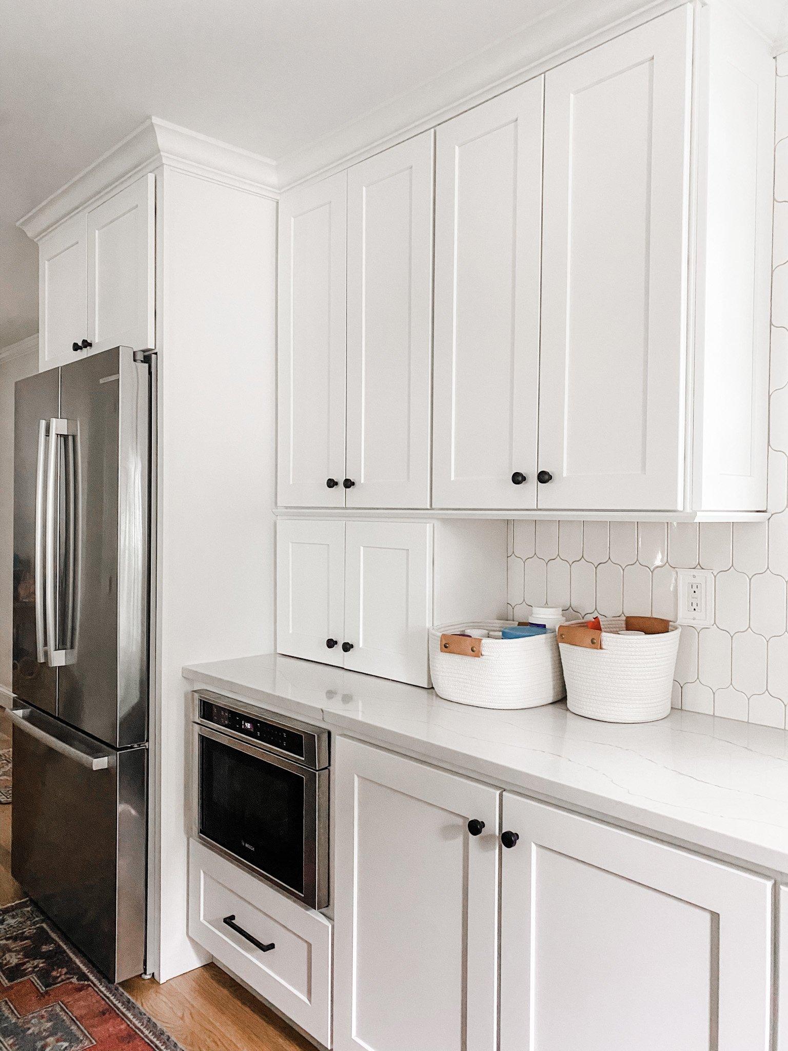 appliance garage in white kitchen