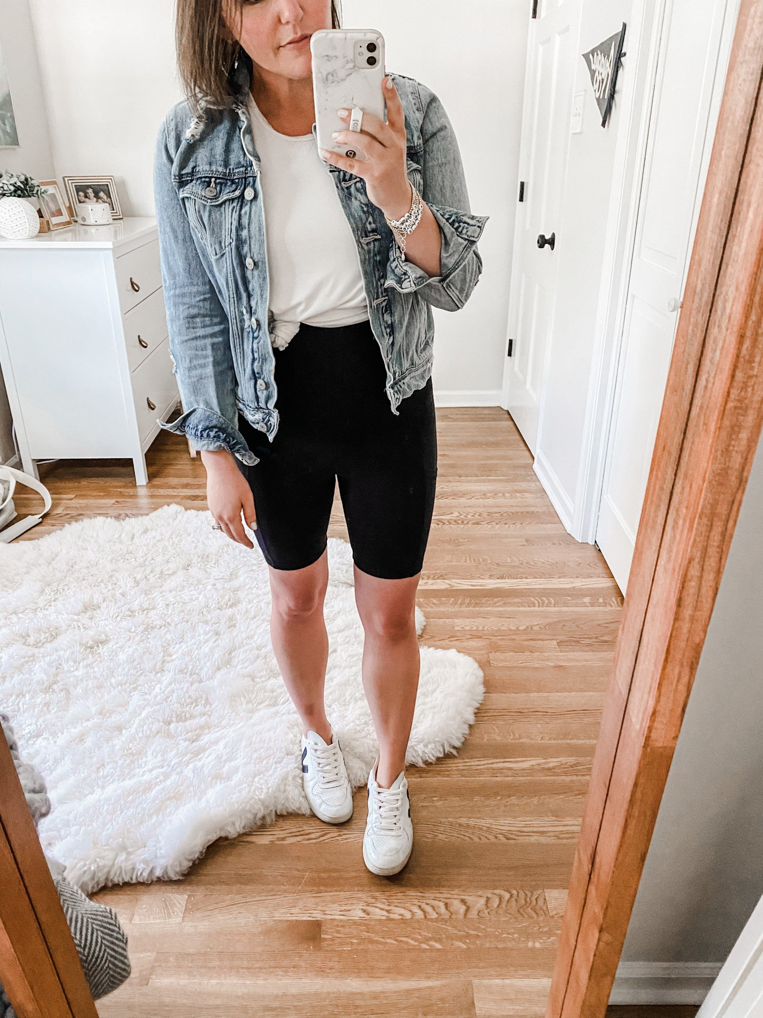 Postpartum Capsule Wardrobe Essentials