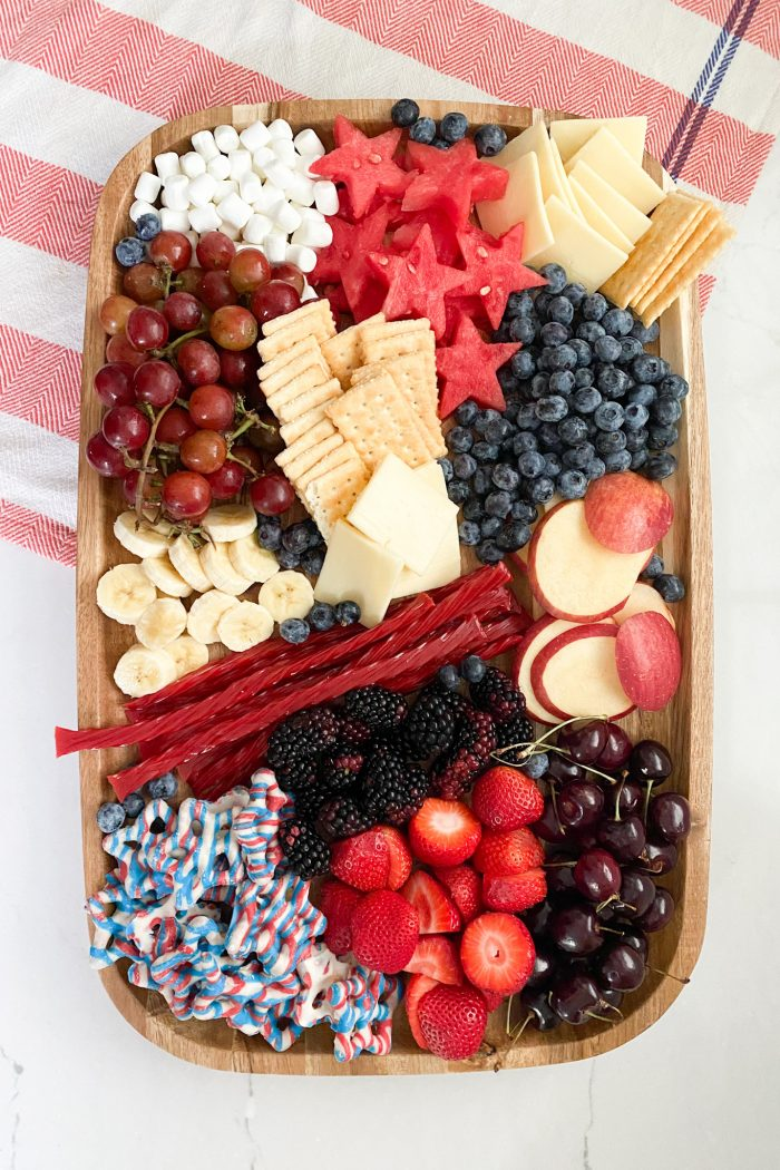 Easy 4th of July Patriotic Snack Board